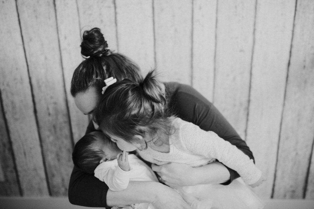grijze wolk, huilbaby, grote zus, meisjesmama, dochters, mama van dijk, mamablogger, christelijk,