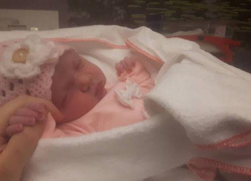 bevalling, bevallen, meisje, Fleur, mama van dijk, mamablog