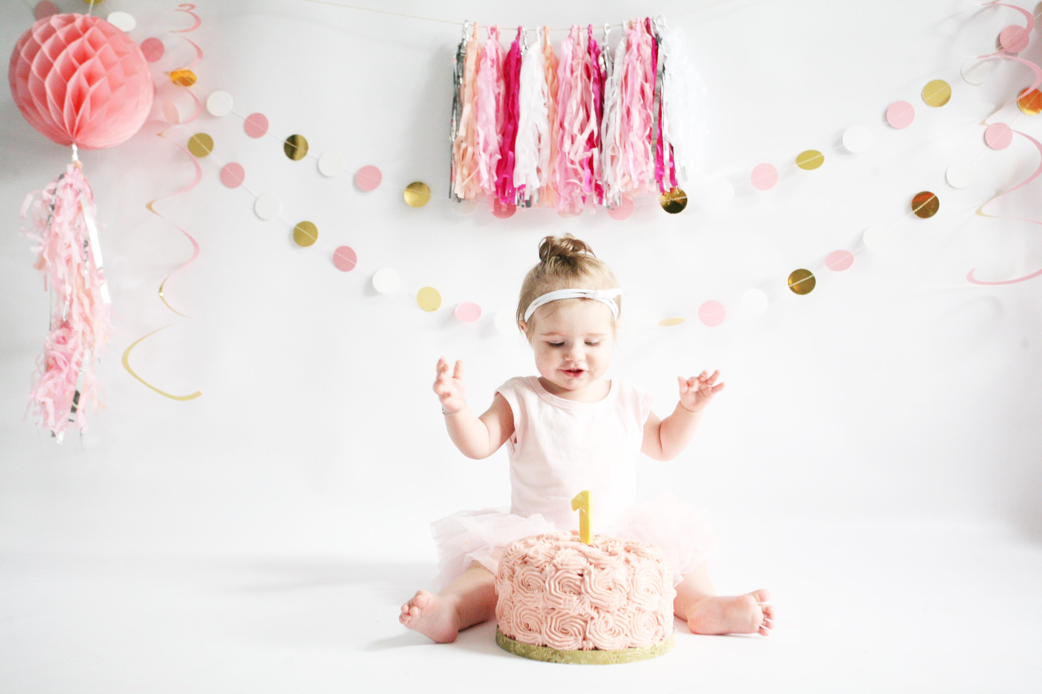 Magnifiek cakesmash verjaardag 1 jaar fotoshoot - Mama van Dijk &KU82