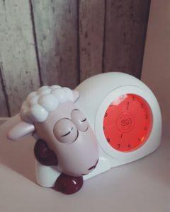 slaaptrainer, peuterwekker, ervaring op mamablog Mama van Dijk