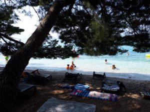 makarska beach, route mama van dijk, camper met kinderen, kroatie